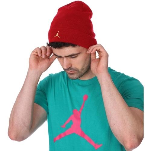 Reduceri de pret la caciuli Jordan